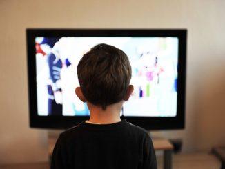 Ab wann duerfen Kinder fernsehen?