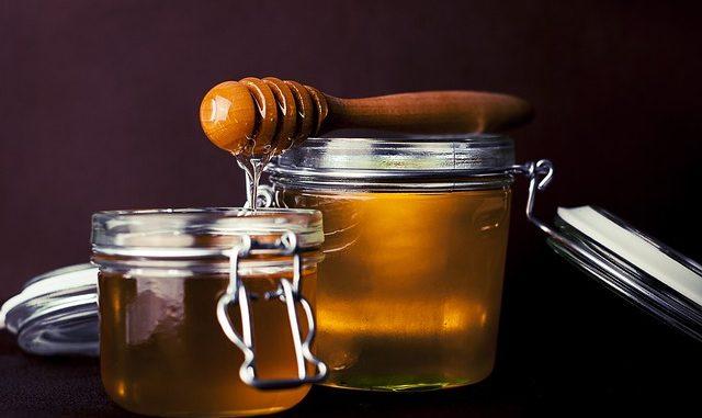 Honig beim Stillen